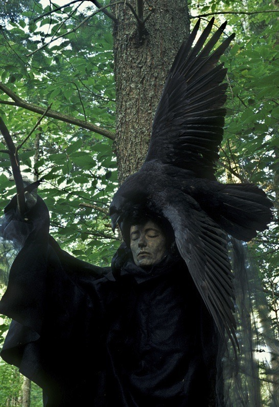 Raven Woman //